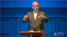 Dr. Ted Kitchens Leads Christ Chapel in Fort Worth